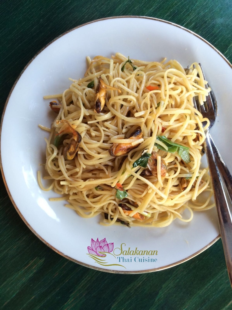 SPAGHETTI KI MAO SEAFOOD Salakanan Thai Restaurant Offenburg